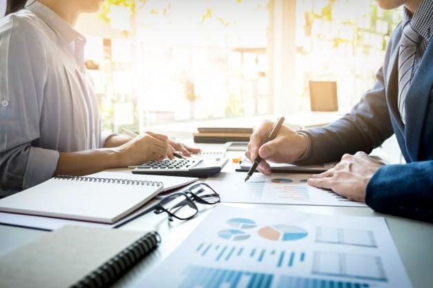 business-man-financial-inspector-secretary-making-report-calculating-checking-balance-internal-revenue-service-inspector-checking-document-audit-concept_1423-126